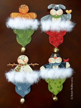 #678 Holiday Hat Ornaments  (PATTERN)